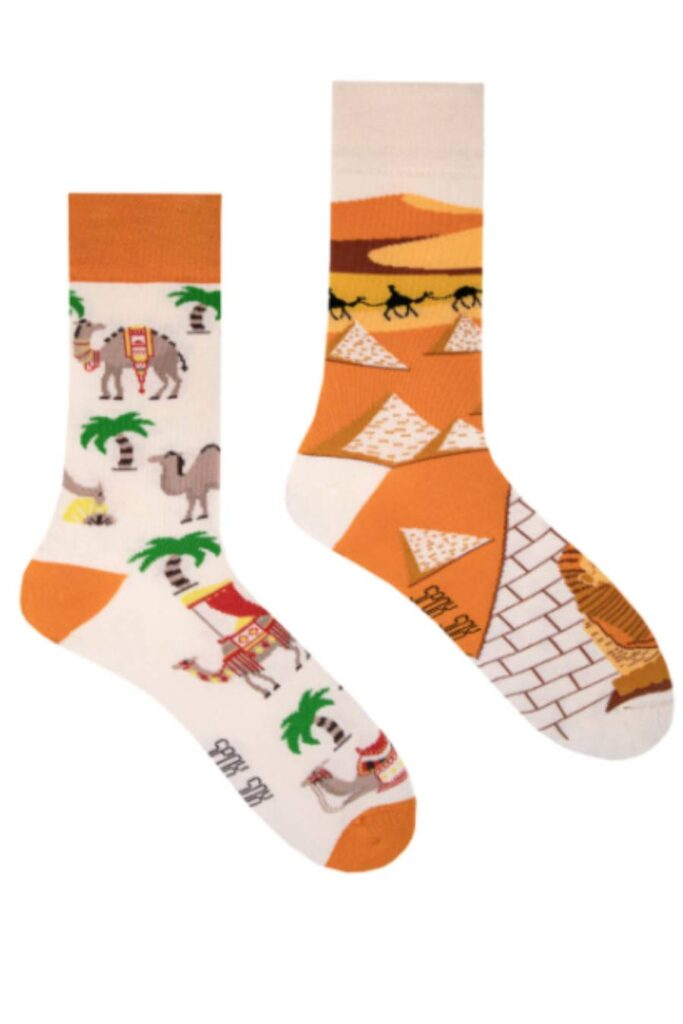 Camels from Egypt socks