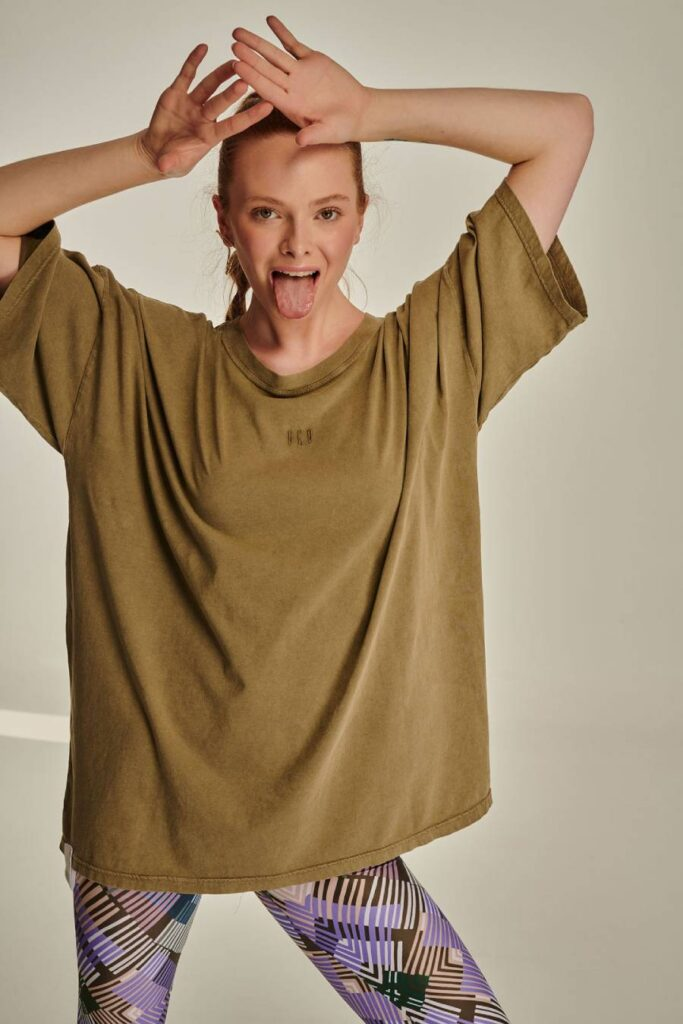 PCP Γυναικείο Μπλουζάκι Πετροπλυμένο Λαδί