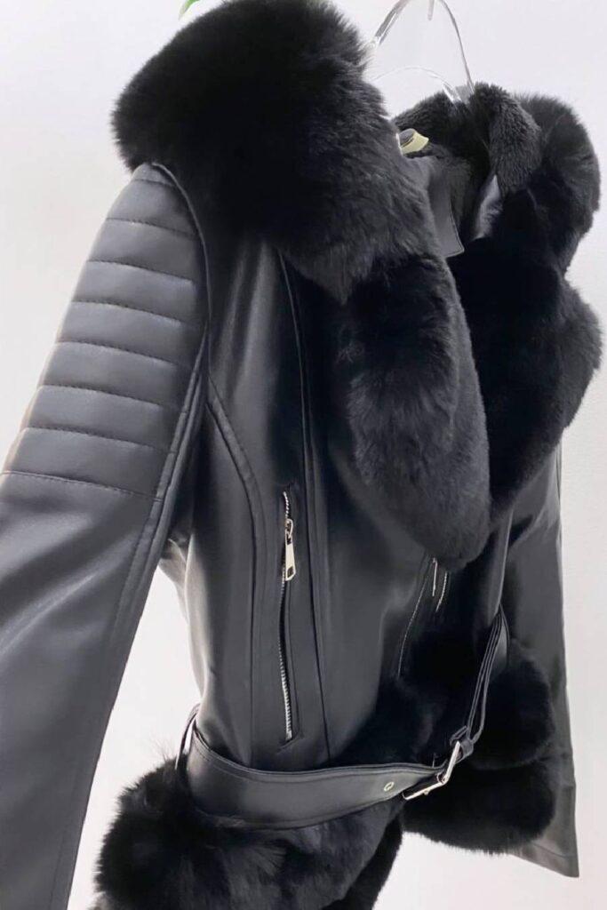 Μαύρο μπουφάν δερματίνη με επένδυση οικολογική γούνα
